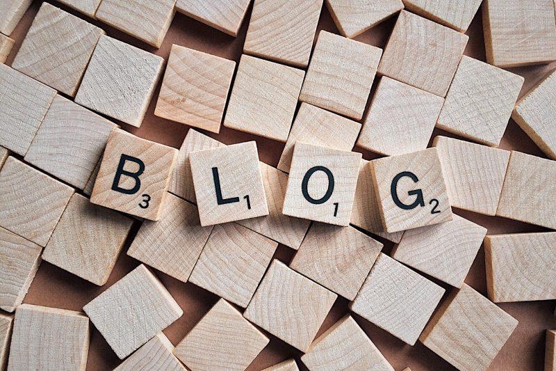 ワードプレス 無料ブログ 比較