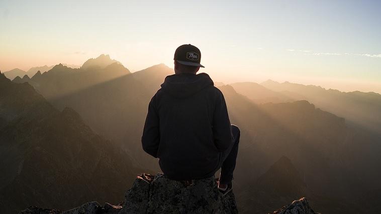 太陽、山、日の出、男
