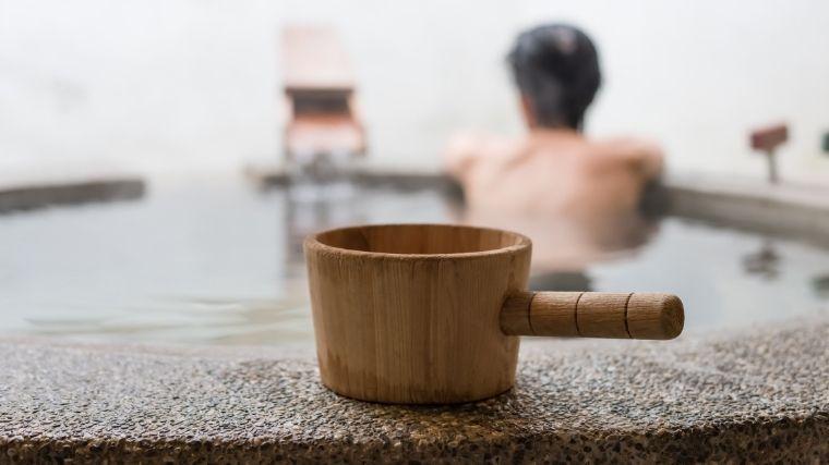 温泉、銭湯、湯船、旅行