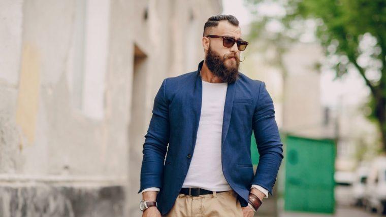 シンプルなファッション、服装