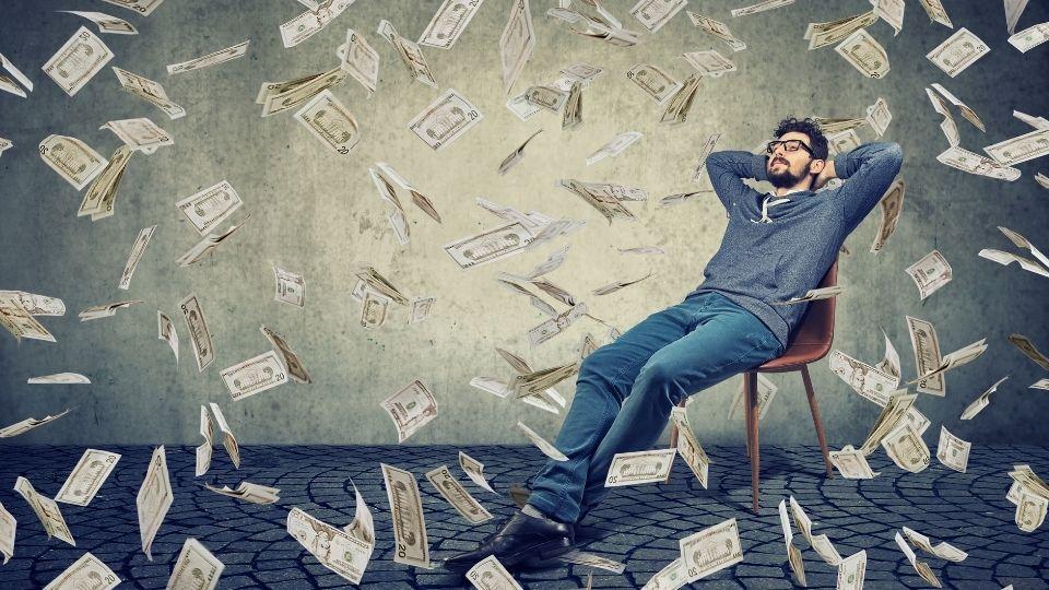 詐欺、金儲け